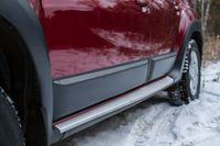 Молдинги на двери Renault Duster 2010+